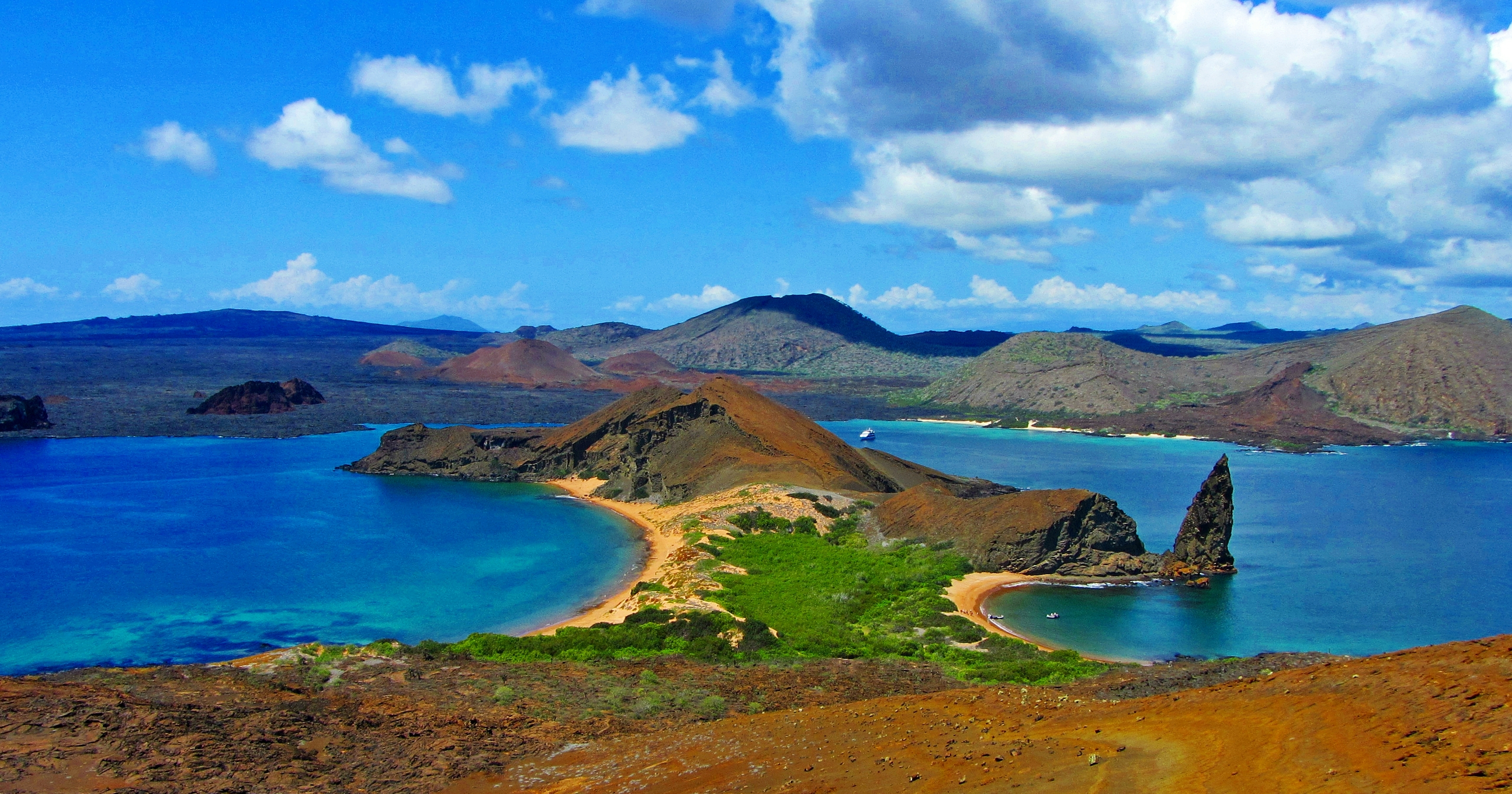 GalapagosIslands  Sailing Green Coconut Run