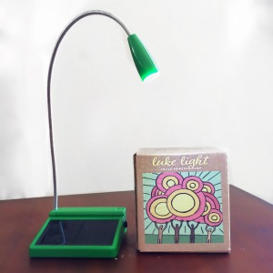 "Unite to Light's ""luke light"" - solar-powered LED reading light with rechargeable AA batteries"